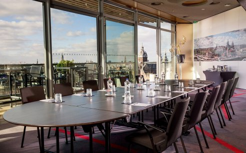 Purposeful meeting deals at DoubleTree by Hilton Amsterdam Centraal Station