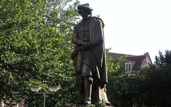 The statue of Rembrandt on the Rembrandt Square in Amsterdam