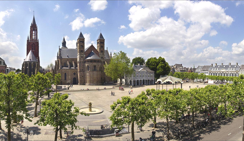 Bezoek het Vrijthof van Maastricht: Hotels en dingen om te doen -  Holland.com