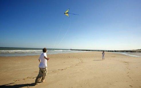 Reinforcing the Dutch coastline | Van Oord.com