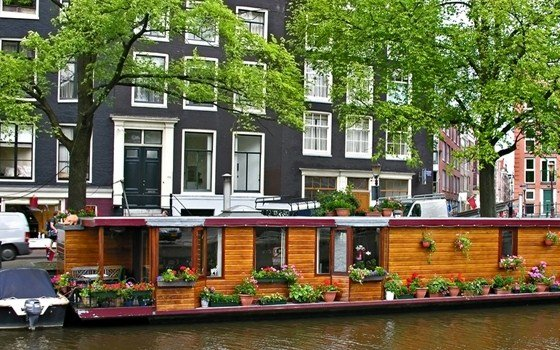 A house boat in a Amsterdam canal