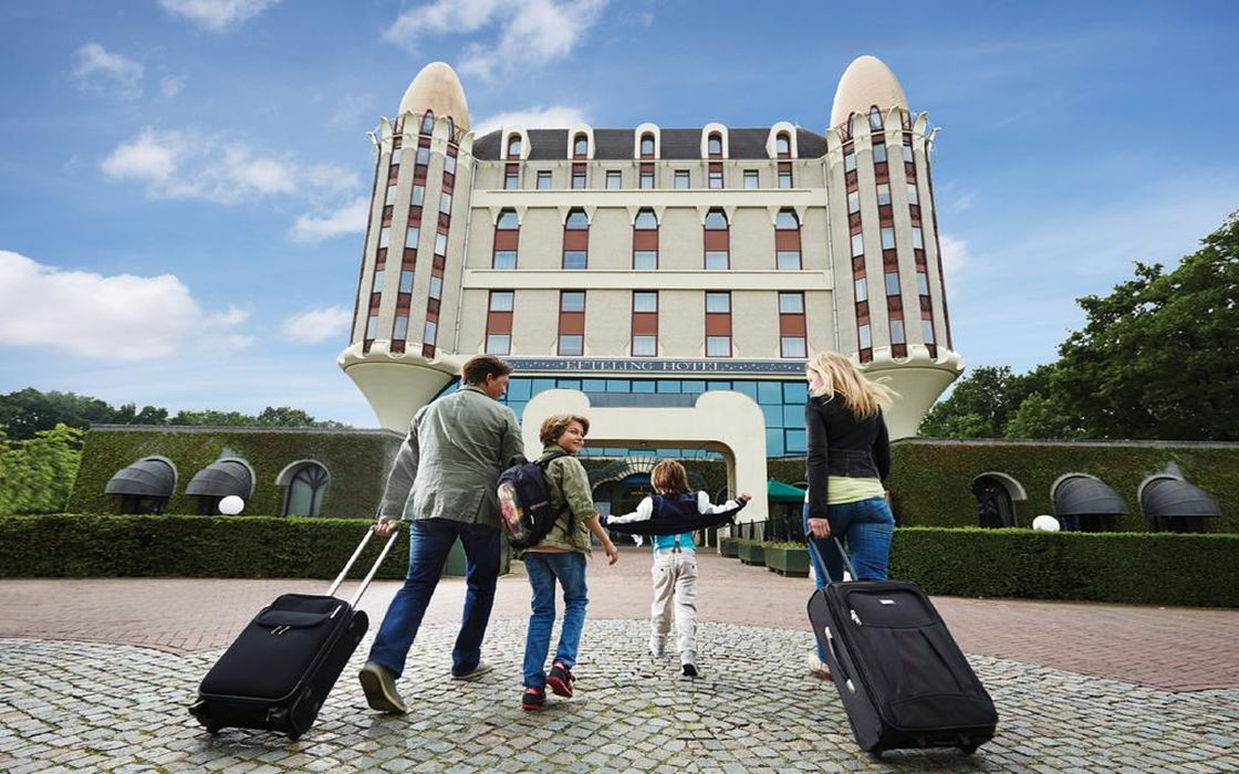 The efteling hotel - Beautiful snooze bedroom suites packing comfort in style ...