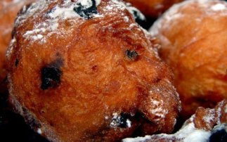 Recipe oliebollen (dough balls)