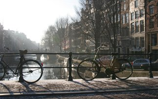 The 10 must-see spots for a one-day bike tour of Amsterdam