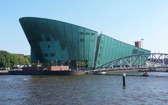NEMO Amsterdam - LekkerWeg.nl: lekkerweg.nl/nl/toerisme/artikel/nemo-amsterdam-5.htm