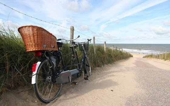 A tandem parked near the beach