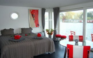 Woonboot: B&B Amstel Wake-Up