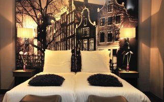 Where to sleep in Amsterdam
