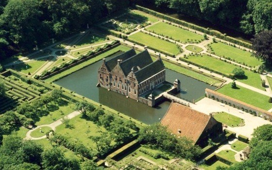 A birds eye view of the Menkemaborg