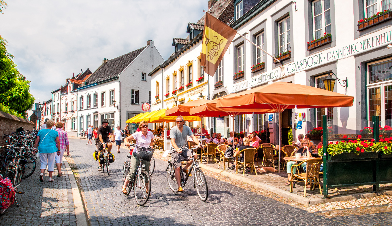 Wonderlijk Visit The White Town of Thorn - Things to do - Holland.com JS-59
