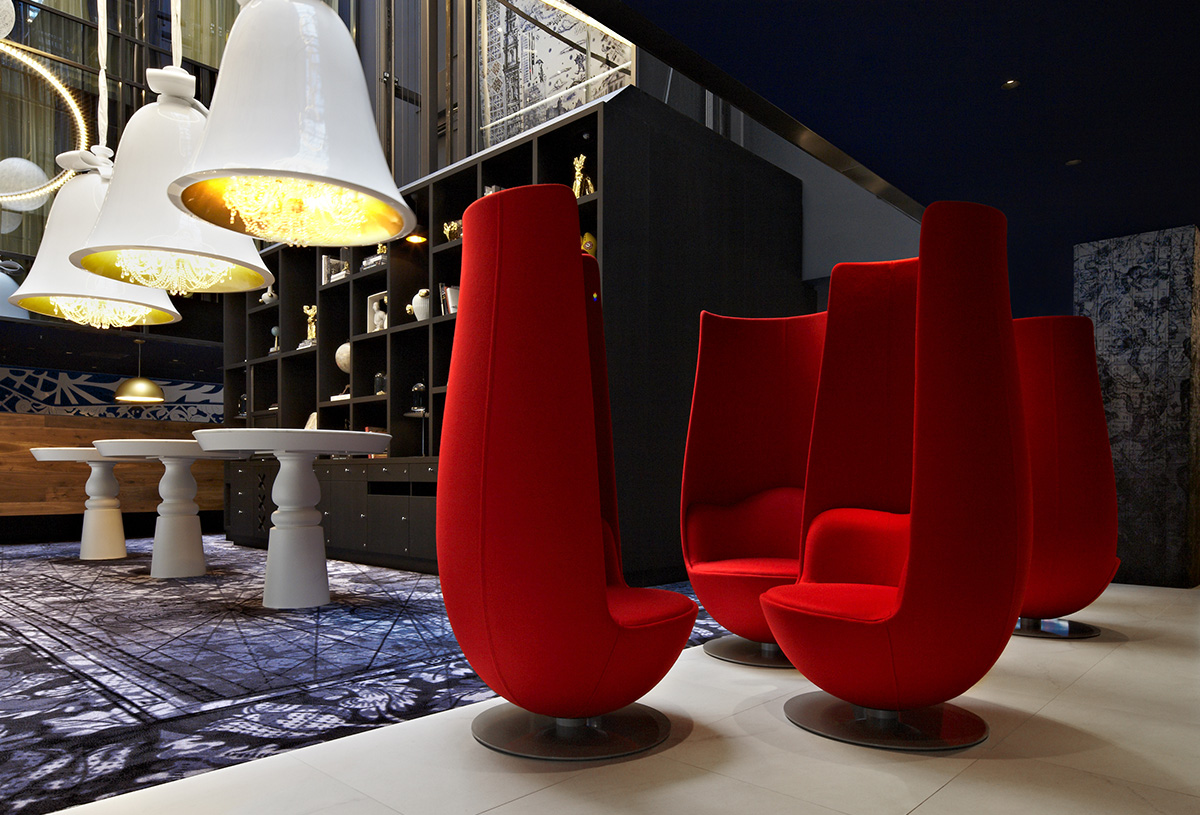 Tulip chairs in Andaz Amsterdam Prinsengracht Hotel