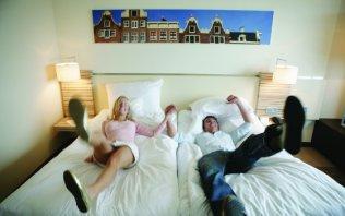 g nstig reisen. Black Bedroom Furniture Sets. Home Design Ideas