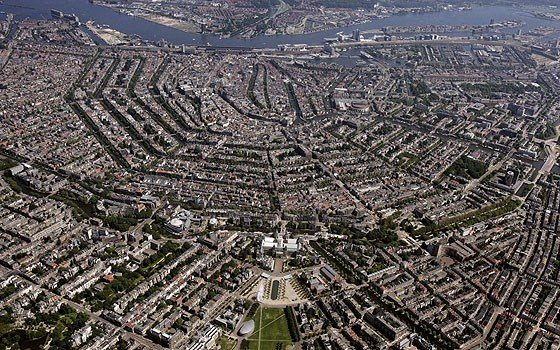 An aerial photgraph of the city centre of Amsterdam