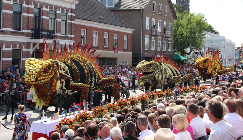 Rose Festival Parade 2020.Corso In Zundert Visit The Flower Parade In Zundert